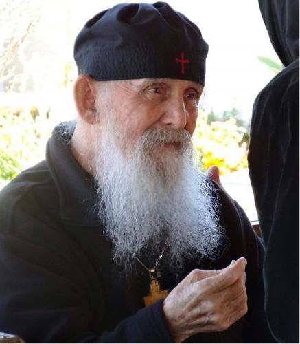 Zosnul starec Efrém Arizonský